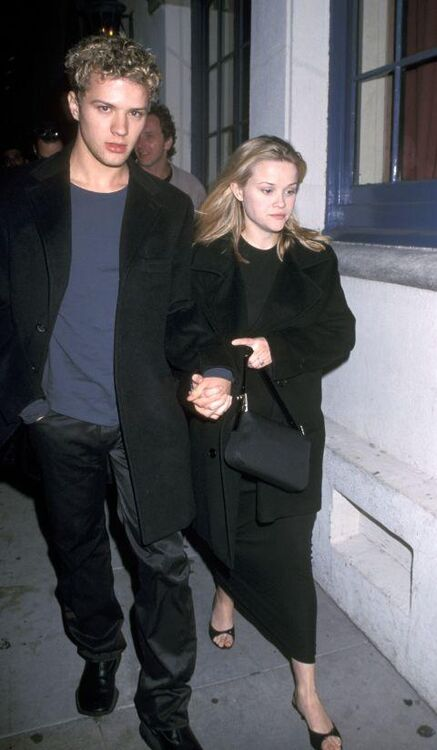 The Best Paparazzi Moments From The '90s